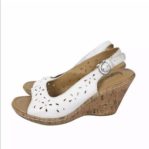 BOC Born Concept White Leather Wedge Sandals 8
